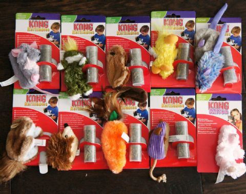 CAT KITTEN SOFT PLUSH KONG CATNIP TOYS + CATNIP VIAL (except for bunnies/bears)